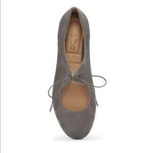 🔥Sale Me Too gray Cacey flats